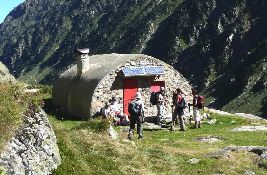 Refuge des Pyrénées - Ledormeur - Val d'Azun